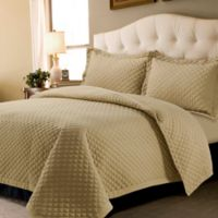 Tribeca Living Brisbane Solid Queen Quilt Set in Cashmere