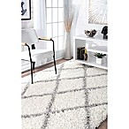 nuLOOM Shanna Shaggy 5-Foot 3-Inch x 7-Foot 6-Inch Area Rug in White