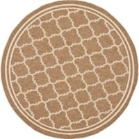 Safavieh Courtyard Quatrefoil 5-Foot 3-Inch Round Indoor/Outdoor Area Rug in Brown/White