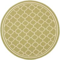 Safavieh Courtyard Quatrefoil 7-Foot 10-Inch Round Indoor/Outdoor Area Rug in Green/Beige