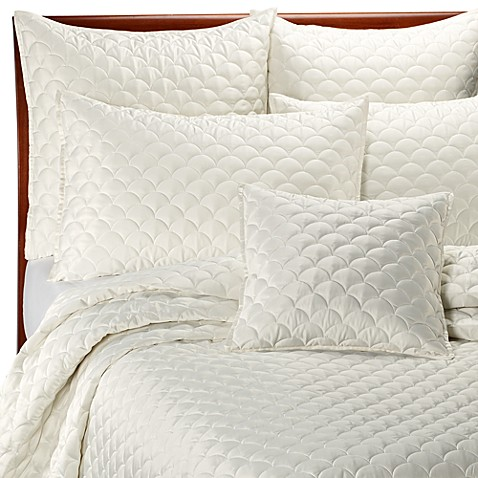 barbara barry crescent moon ivory quilt - Barbara Barry Bedding