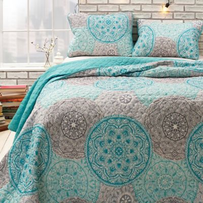 Buy Aqua Twin Quilt from Bed Bath & Beyond : aqua king quilt - Adamdwight.com
