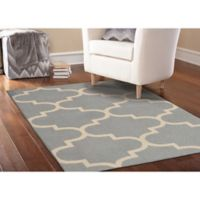 Garland Large Quatrefoil 5-Foot x 7-Foot Area Rug in Silver/Ivory