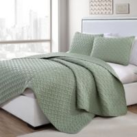 VCNY Home Nia Embossed Full/Queen Quilt Set in Green