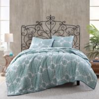 Daisy Voile Reversible Full/Queen Quilt in Blue