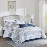Harbor House™ Sanibel Queen Comforter Set in White/Navy