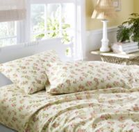 Laura Ashley® Audrey Flannel Twin Sheet Set in Pink