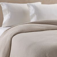 Bridge Street Somerset Matelassé Full/Queen Coverlet in Cream