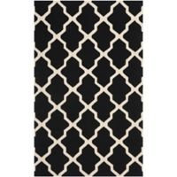 Safavieh Cambridge 5-Foot x 8-Foot Quatrefoil Rug in Black/Ivory