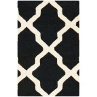 Safavieh Cambridge 2-Foot x 3-Foot Quatrefoil Rug in Black/Ivory