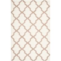 Safavieh Cambridge 6-Foot x 9-Foot Quatrefoil Rug in Ivory/Beige
