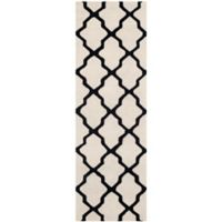 Safavieh Cambridge 2-Foot 6-Inch x 8-Foot Quatrefoil Wool Rug in Ivory/Black