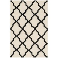 Safavieh Cambridge 4-Foot x 6-Foot Quatrefoil Wool Rug in Ivory/Black