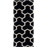 Safavieh Cambridge 2-Foot 6-Inch x 6-Foot Lia Wool Rug in Black/Ivory