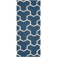 Safavieh Cambridge 2-Foot 6-Inch x 6-Foot Lia Wool Rug in Navy Blue/Ivory
