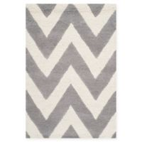 Safavieh Cambridge 2-Foot 6-Inch x 4-Foot Abby Wool Rug in Silver/Ivory