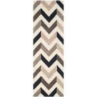 Safavieh Cambridge 2-Foot 6-Inch x 6-Foot Briana Wool Rug in Ivory/Black