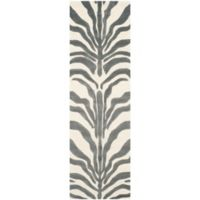 Safavieh Cambridge 2-Foot 6-Inch x 8-Foot Dina Wool Rug in Ivory/Dark Grey