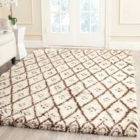 Safavieh Casablanca Zoe 6' x 9' Area Rug in Ivory/Gold