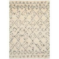 Safavieh Casablanca Phoebe 4' x 6' Area Rug in Ivory/Grey