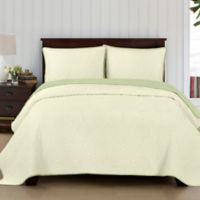 Brielle Casablanca Reversible King Quilt Set in Ivory/Sage
