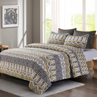 Tapestry King Quilt Set In Grey/Yellow