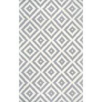 nuLOOM Kellee 5-Foot x 8-Foot Area Rug in Grey