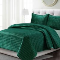 Tribeca Living Florence Velvet Twin Quilt Set in Emerald Green