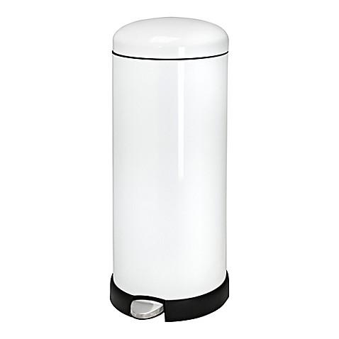 honey can do retro kitchen 30 liter trash can in white bed bath beyond. Black Bedroom Furniture Sets. Home Design Ideas