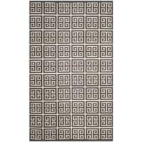 Safavieh Montauk 4' x 6' Garland Rug in Dark Grey