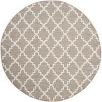 Safavieh Montauk 6' x 6' Jolie Rug in Grey