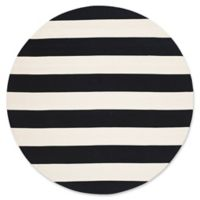 Safavieh Montauk 6' x 6' Saylor Rug in Black