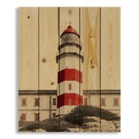 Designs Direct Red Lighthouse 18-Inch x 22-Inch Pallet Wood Wall Art