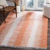 Safavieh Montauk 5' x 7' Ryder Rug in Orange