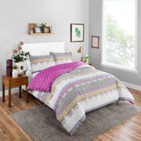 Boho Boutique Margo Queen Comforter Set in Berry