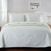 De Moocci Chinese Coin King Coverlet Set in Linen