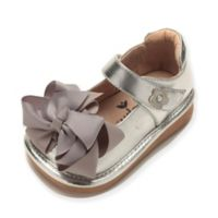 Mooshu Trainers Size 5 Ready Set Bow Mary Jane Shoe in Silver