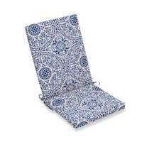 Print Indoor/Outdoor Folding Wicker Chair Cushion in Tachenda Indigo