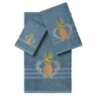 Linum Home Textiles WELCOME Embellished Bath Towels in Teal (Set of 3)