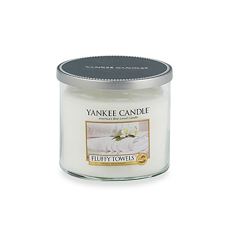 Yankee Candle® Fluffy Towels™ Medium Lidded Candle Tumbler