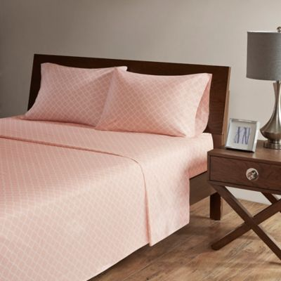 Madison Park 200 Thread Count Fretwork Queen Sheet Set In Blush