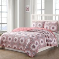 Quaint Home Darma Reversible King Quilt Set in Pink