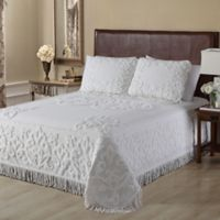 Gayal Chenille Queen Bedspread in White