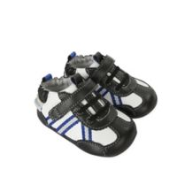 Robeez® Size 2 Jogging Josh Mini Shoez in Black