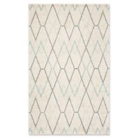 Safavieh Nicole Geometric 5' x 8' Area Rug in Ivory