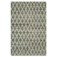 Safavieh Grace Quatrefoil 5' x 8' Area Rug in Charcoal