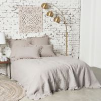 Dabney King Quilt in Grey