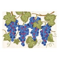 Grapes 2' x 3' Wool Accent Rug in Purple