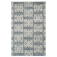 Safavieh Debbie Geometric 6' x 9' Area Rug in Blue