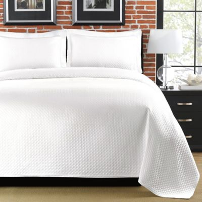 Superior Diamante King Matelasse Coverlet